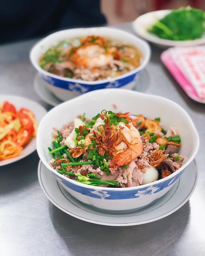Hu tieu desayuno vietnamita