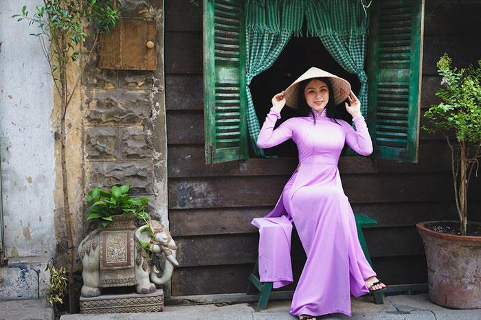 Vestido a media en Vietnam
