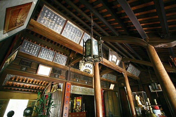 Interior de la casa jardin An Hien en Hue