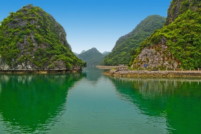 Isla de Cat Ba aldea de pescadores