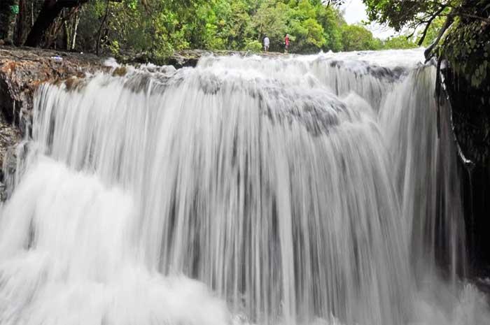 Fuente Tranh en la Isla Phu Quoc Vietnam