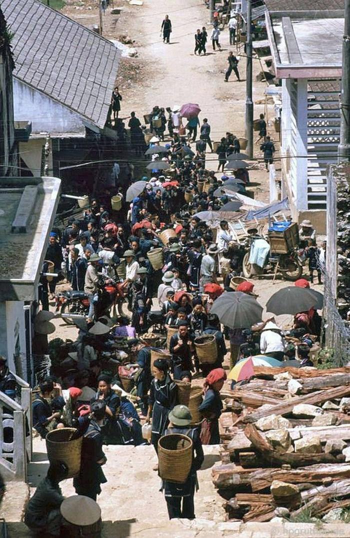 Antiguo mercado tradicional de la autentica Sapa de los años 90