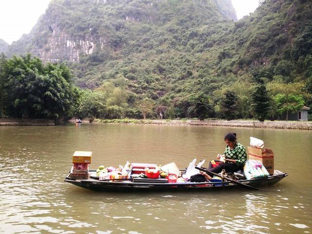 Mercando flotante en Ninh Binh Tam Coc