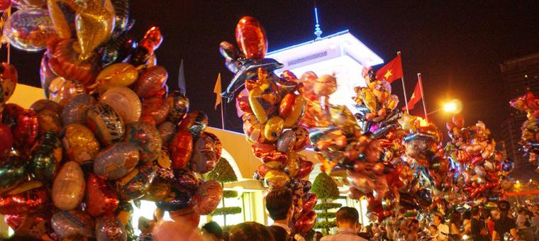 Mercado nocturno de Ben Thanh
