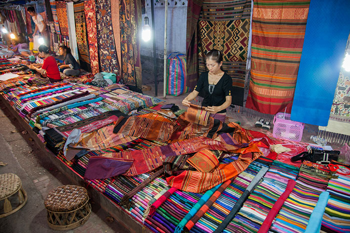 Mercado nocturno de Luang Prabang