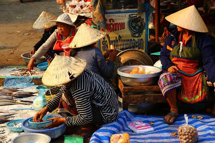 Mercado de Paksé en el sur de Laos