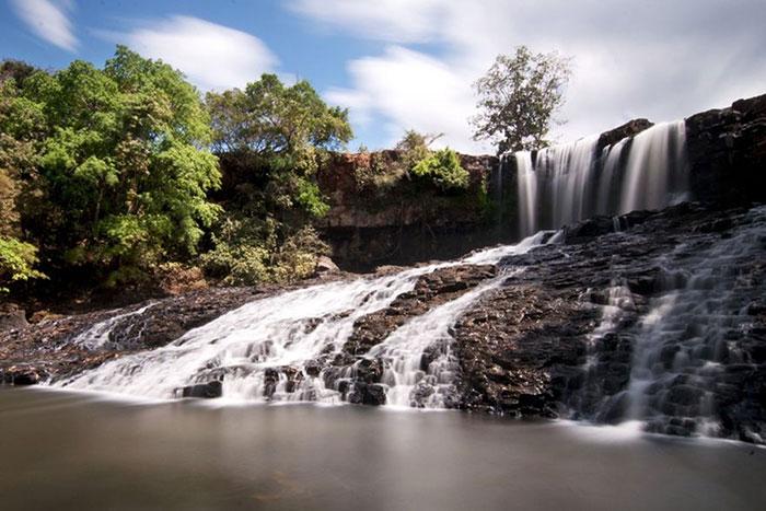 Cascada Bousra en Mondolkiri Camboya