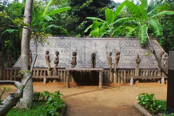 Casa de la etnia gia rai en el Museo de Etnologia de Vietnam