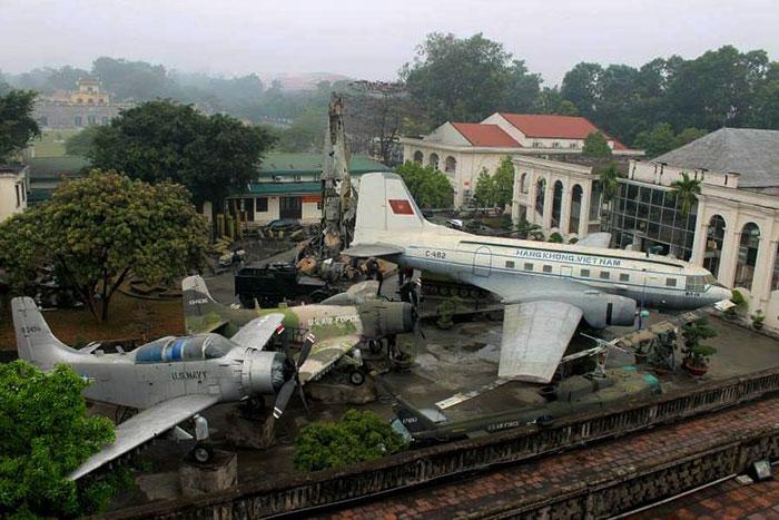 Museo de la fuerza aerea de hanoi