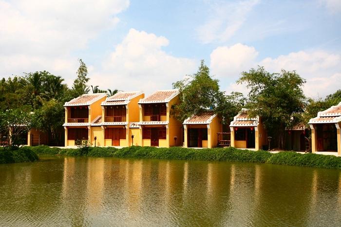 Jardin en el Museo Ao Dai en Ho Chi Minh
