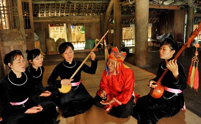Musica tradicional de etnias en Lam Binh