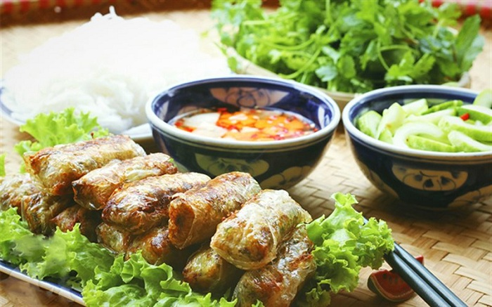 Nem desayuno vietnamita