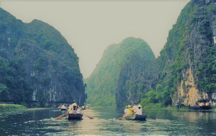 Excursion en sampan en Ninh Binh guia de viaje