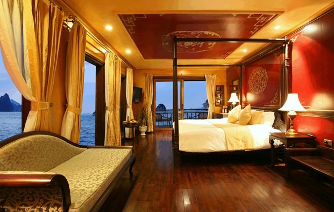 Habitacion de un crucero en la Bahia de Halong