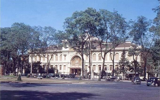 Antigua oficina de correos en Saigon