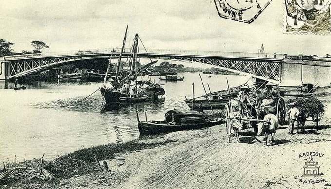 Antiguo puente Mong en Saigon