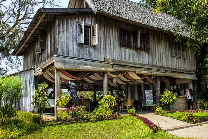 Ock Pop Tok Cafe en Laos