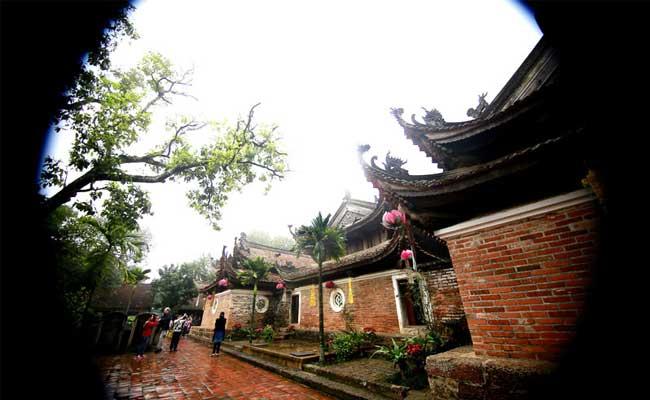 Edificaciones en la pagoda de tay phuong