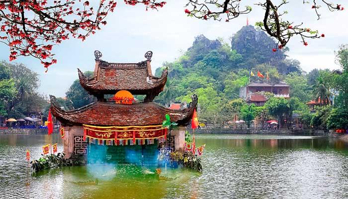 La pagoda Thay en los alrededores de Hanoi
