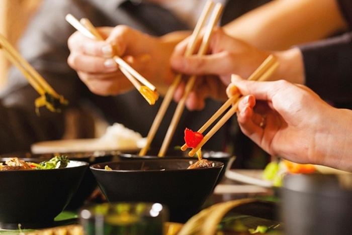 palillos en la cultura Vietnamita comida