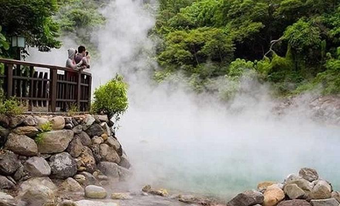 Fuente termal de Bang en el Parque Nacional PHong Nha Ke Bang