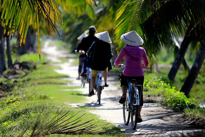 Paseo en bicicleta en el pueblo de Cam Thanh en Hoi An