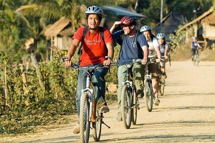 Paseo en bicicleta en Luang Prabang Laos