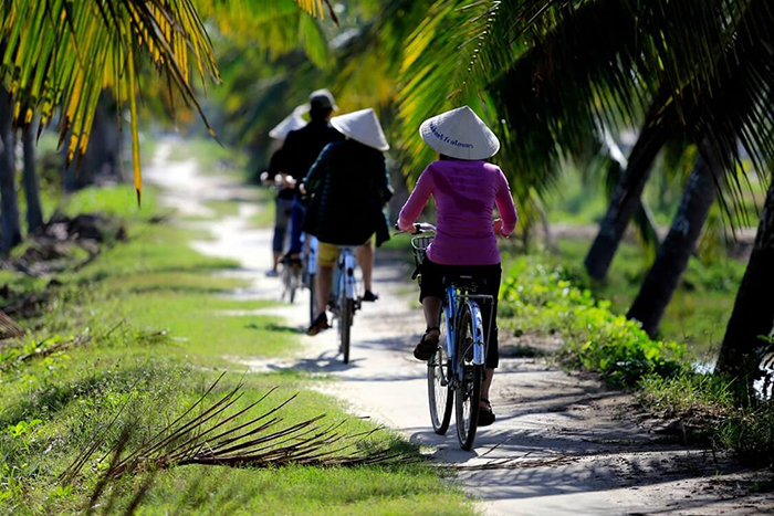 paseo-en-bicicleta-en-el-campo-de-hoi-an