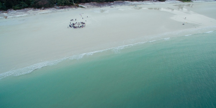 Playa de Minh Chau en la Bahía de Halong