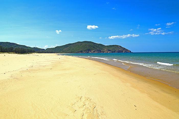 Playa al norte de Quy Nhon Vietnam