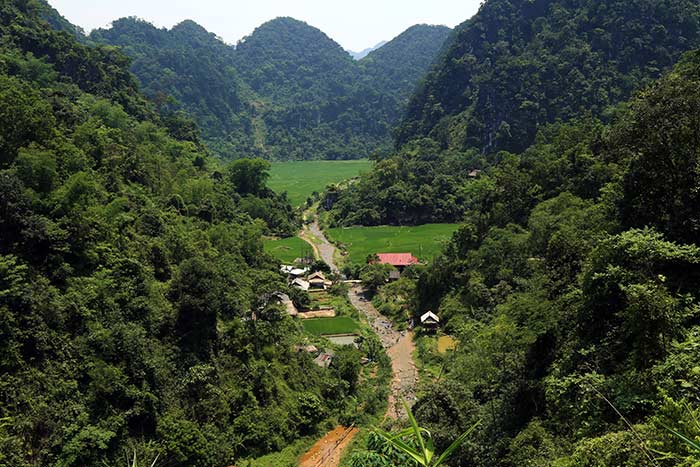 Pueblo Kho Muong en Pu Luong Vietnam