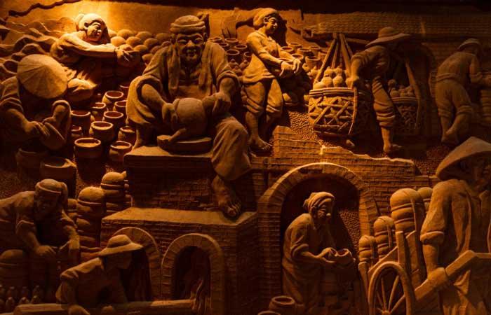 Obra en el parque terracota en Hoi An