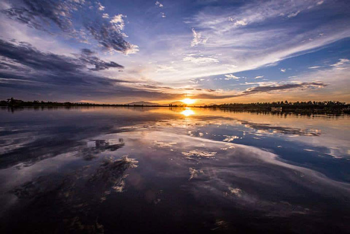 Puesta del sol en el pueblo de Cam Thanh en Hoi An
