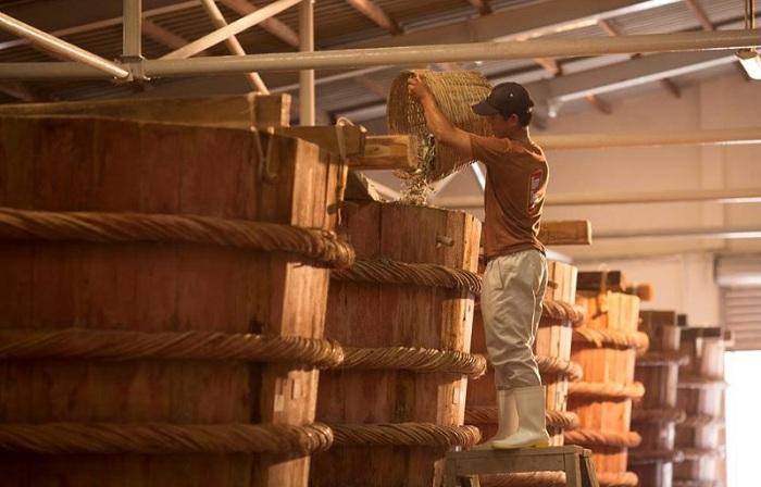 Fabricacion de salmuera en Phu Quoc Vietnam