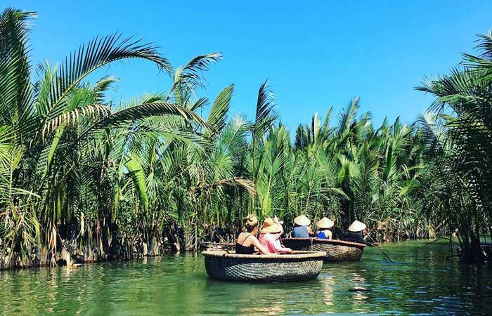 Excursion al bosque de nipas en Hoi An Vietnam