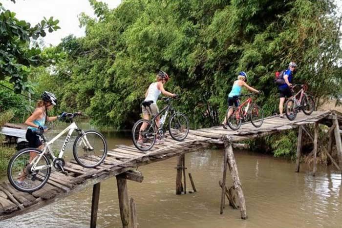 Paseo en bicicleta en Can Tho Mekong Vietnam