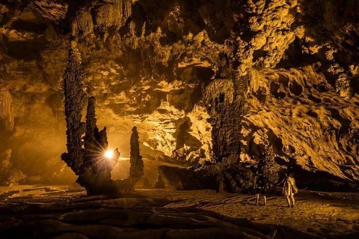 Cueva de Nguom Ngao en Cao Bang
