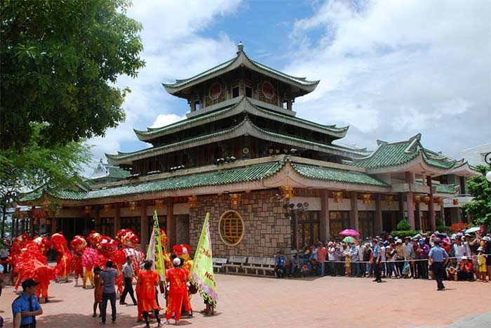 Templo deesse xu en Chau Doc delta del Mekong