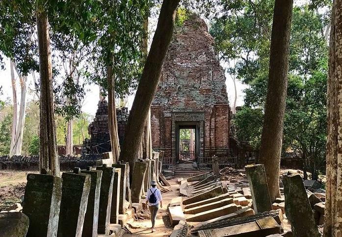 Prasat Krahom en Koh Ker Camboya