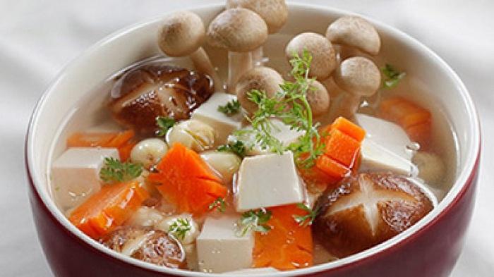 Receta vegetariana sopa con tofu