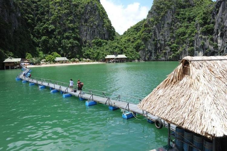Resort en la bahia de Lan Ha