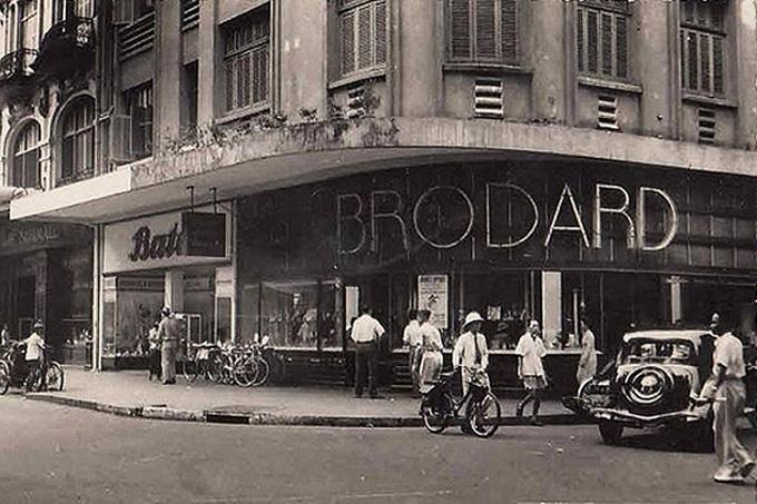 Restaurante en la calle dong khoi