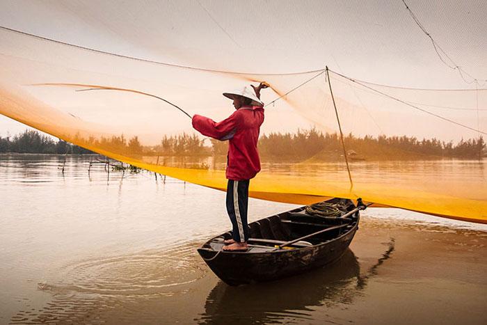 Pesca en el rio Thu Bon Hoi An