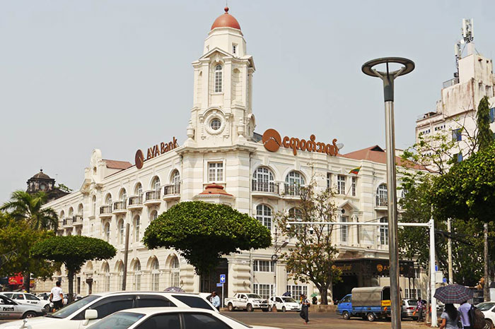 El edificio Rowe y Co en Yangon