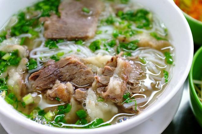 Sopa pho Saigon restaurnate Cao Van