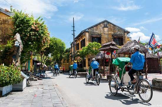 Taxi triciclo en Vietnam