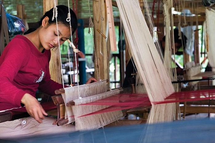 El tejido y la artesania en laos
