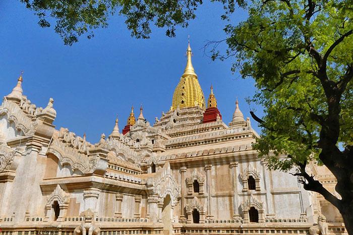 Templo Ananda en Bagan Myanmar