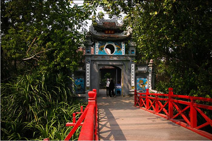 El templo ngoc son en hanoi