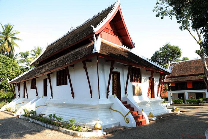 Templo Vat Pak Kham en Luang Prabang Laos